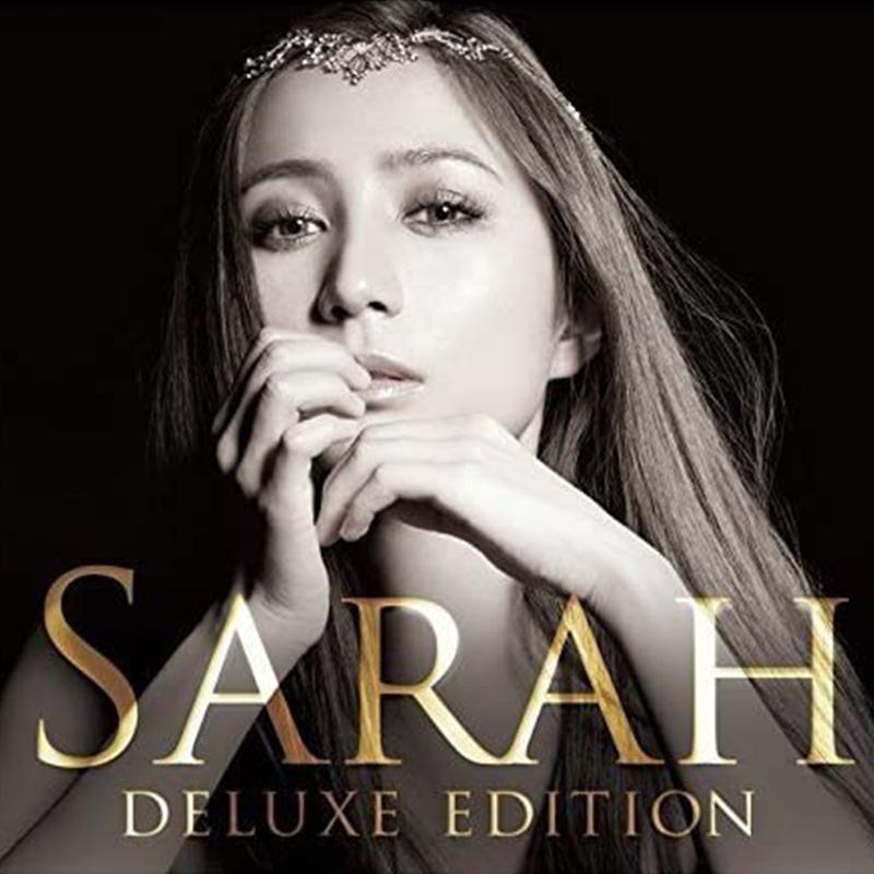"""サラ・オレイン 「SARAH-Deluxe Edition」(2015.04.08)<br><br>3オクターブを超える音域と絶対音感、パワフルな地声と""""エンジェル・ヴォイス""""とも形容される極上のファルセット、自由自在にフェイクを操る抜群の歌唱力。英語・日本語・イタリア語の3ヵ国語を駆使した抜群の作詞センスから紡ぎだされる多彩な楽曲により聴く者を魅了する新たなる歌姫、サラ・オレイン。<br>セカンド・アルバム「SARAH」のデラックス・バージョン。サラにとって思い入れのある楽曲やNHKプレミアムよるドラマ『その男、意識高い系。』主題歌「Shine!」などを追加収録。<br><br><a href=""""https://www.universal-music.co.jp/sarah-alainn/products/uccy-1040""""><span>詳細ページ</span></a>"""